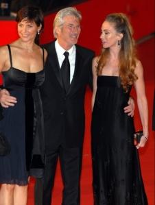 Festival-del-cinema-di-Roma-Richard-Gere-con-Carey-Lowell-e-Yvonne-Scio