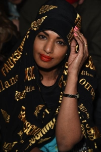 M.I.A.-da-Moschino_oggetto_editoriale_720x600 (1)